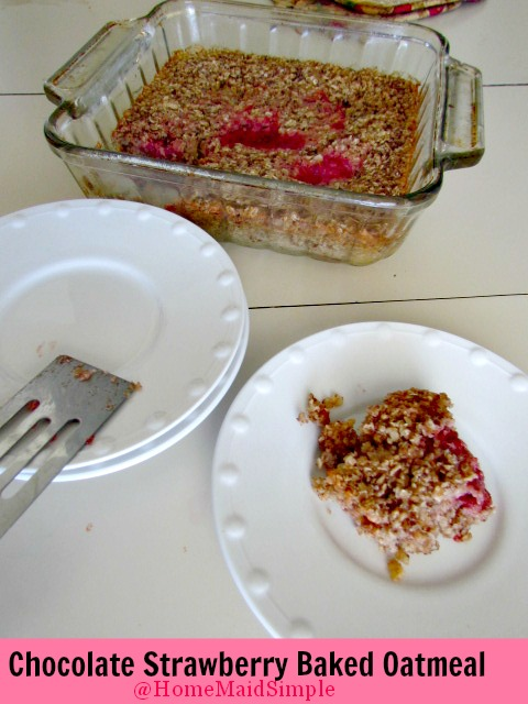 Chocolate Strawberry Baked Oatmeal from www.homemaidsimple.com