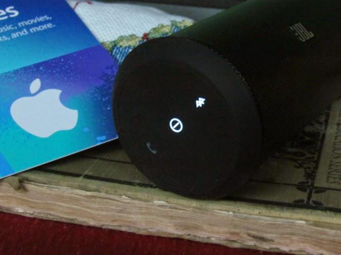 Wireless Bluetooth JBL speakers #GiftingAudio #ad