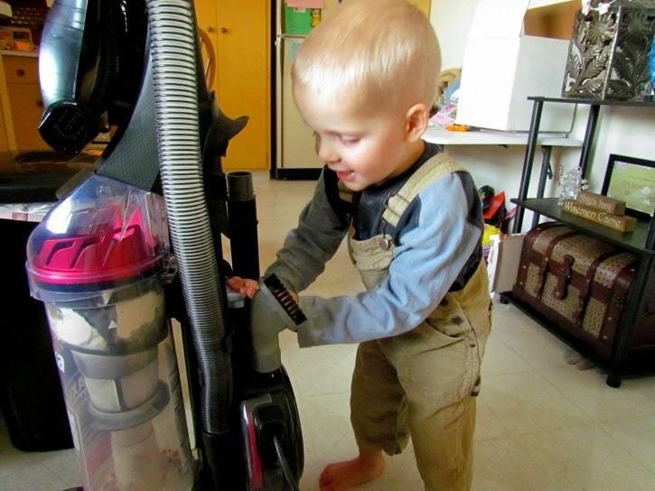 Retractable cord makes putting the vacuum away easy and fun! #EurekaPower #ad