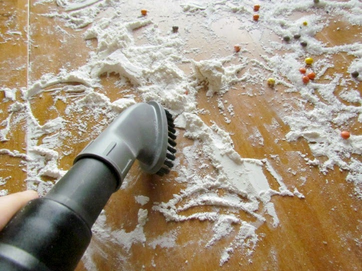Vacuum the table for a quick clean up in the kitchen #EurekaPower #ad