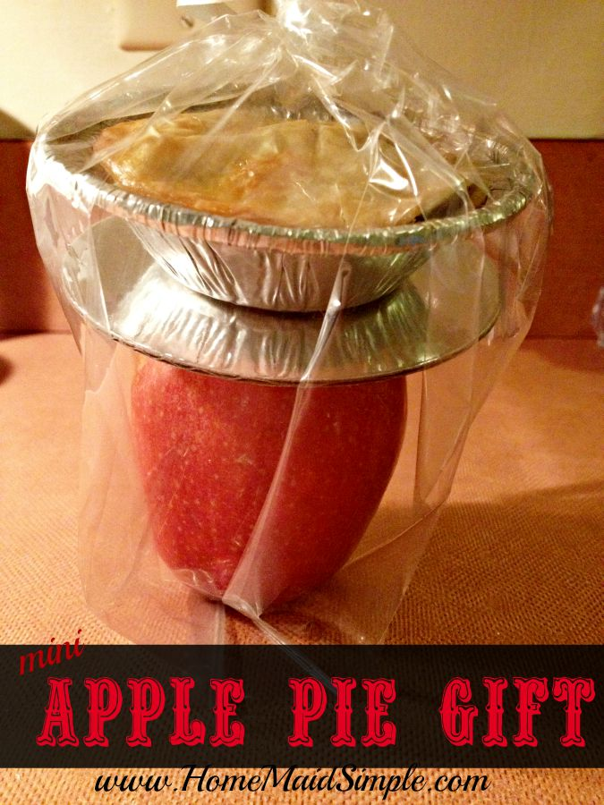 Mini Apple Pies packaged on top of a red apple make fantastic gifts!