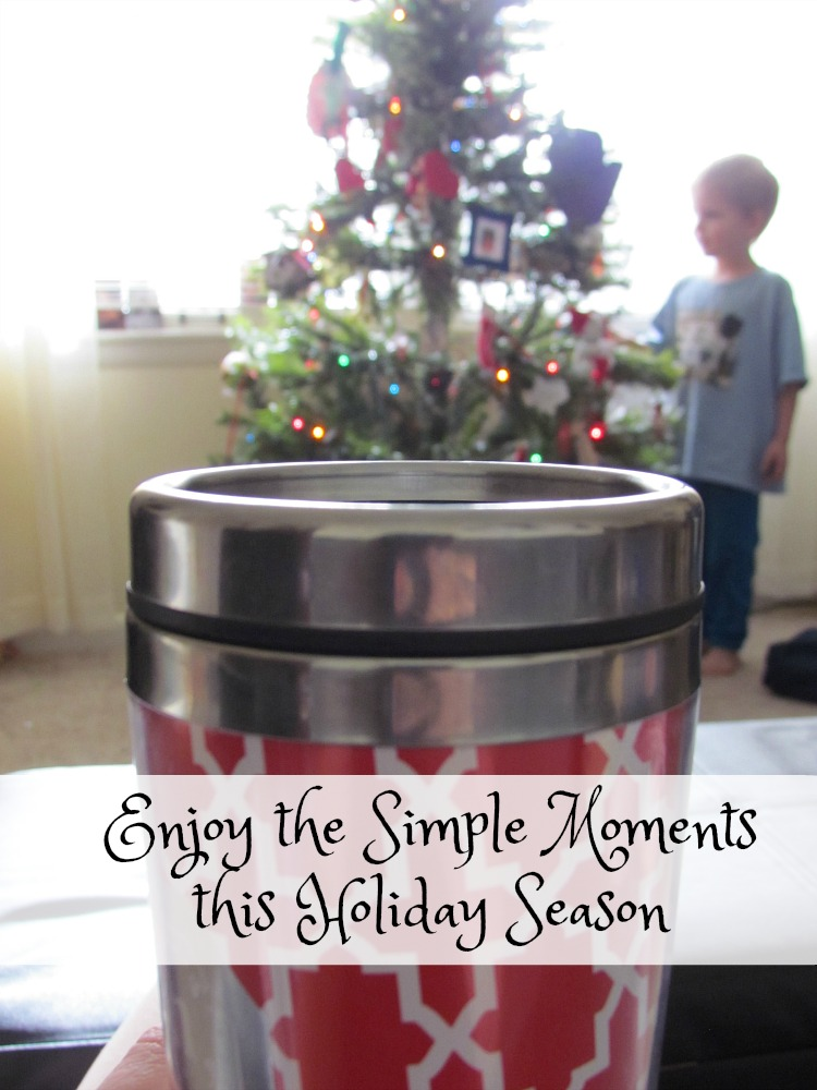 Enjoy the simple moments this holiday season with a 15 minute floor cleanup from Bona. #BonaSimpleMoments #ad