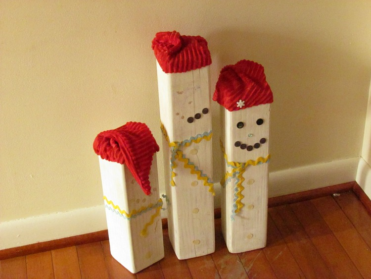 Sad Snowman Blocks needed an update with Dixie Belle Paints. ad