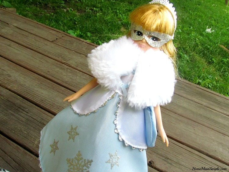 Snow Queen Lottie Doll. AD
