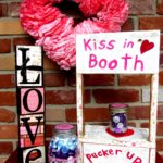 DIY Kissing Booth