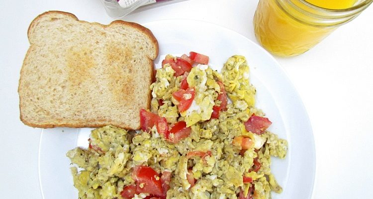Stop Wasting Money on Fresh Herbs + Tomato Basil Egg Recipe